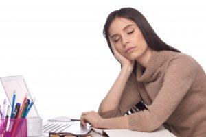 その疲れは肝臓に原因があるかも?5つの習慣を見直して癒す方法