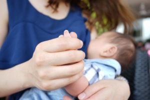 母乳をたくさん出す為に水分補給が大事!初心者ママ必見!