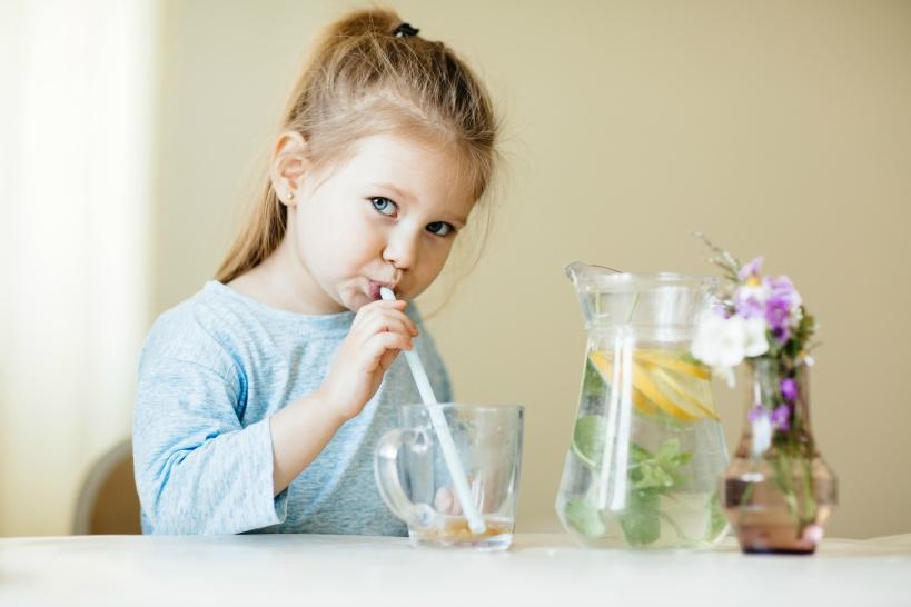 赤ちゃん・乳幼児に安心して飲ませることができる水とは