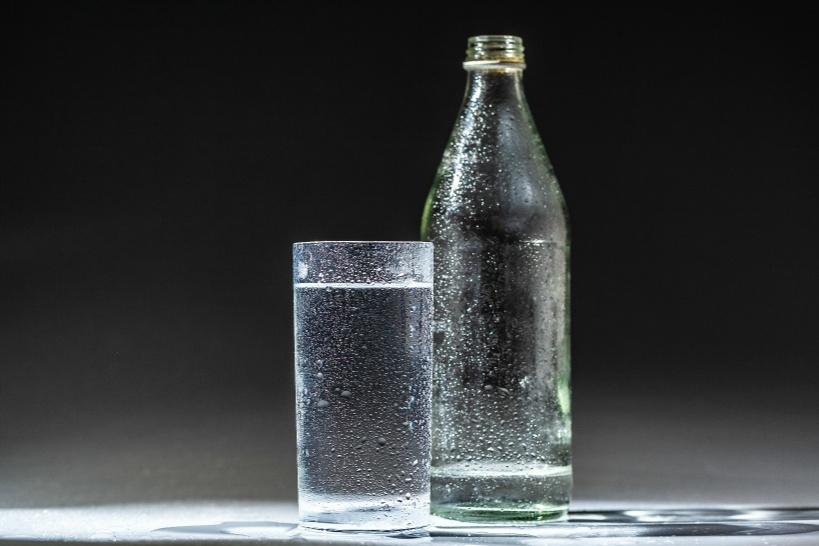 水素水の上位互換である「還元水素水」は酸化した身体を正常に戻す