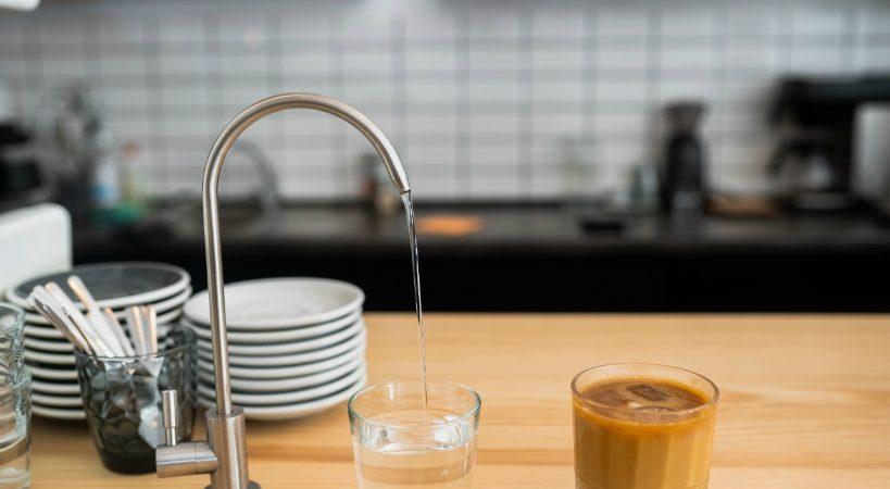 蛇口直結の浄水器がおすすめできない理由。浄水器は据え置き型が必須!