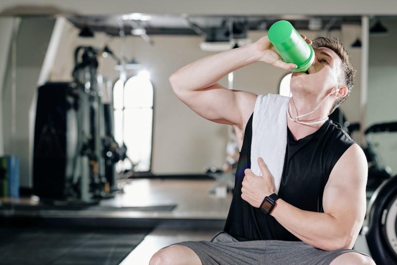 スポーツ選手に使ってほしい「水」は還元水!