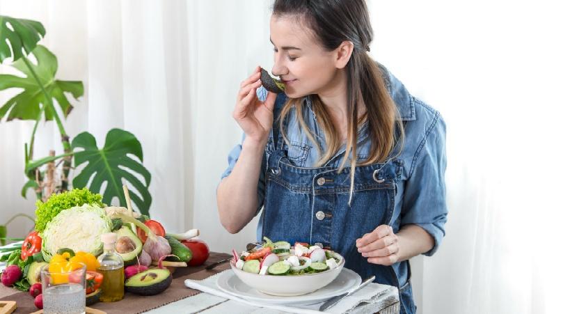 水を飲むことは食べ物摂取よりも健康にいい理由