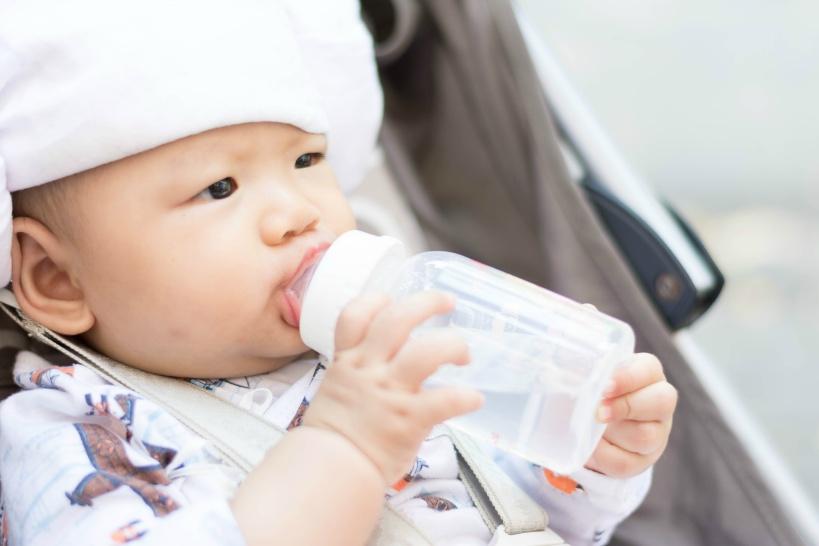 アルカリイオン水で赤ちゃんが下痢を引き起こす原因