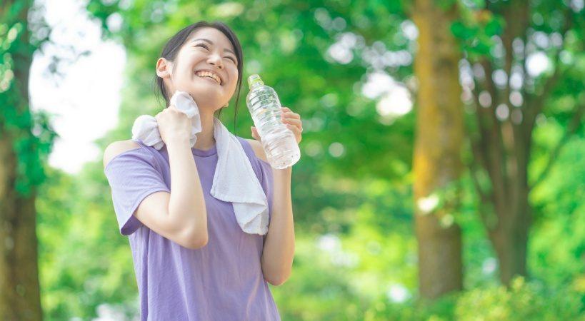 最近注目の水飲み健康法。成功させる重要なポイント