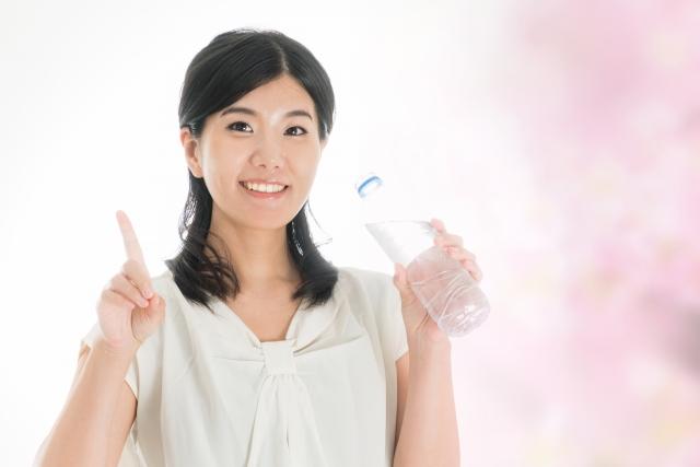 最新の水科学では、「ミネラルを含んだ水」よりも「酸化を体内で治す」水が健康に効果的