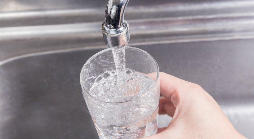 浄水器の本当の効果を知っている?水の種類を選ぶポイント