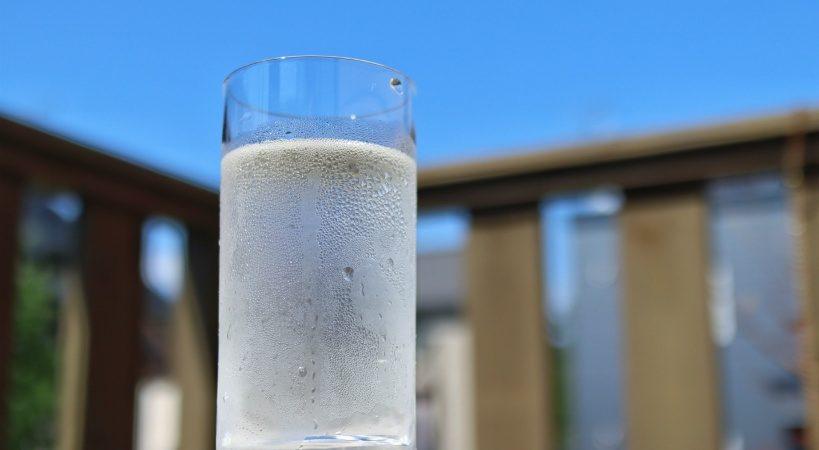 水素水メーカーの選び方。サービスと料金の相場も紹介