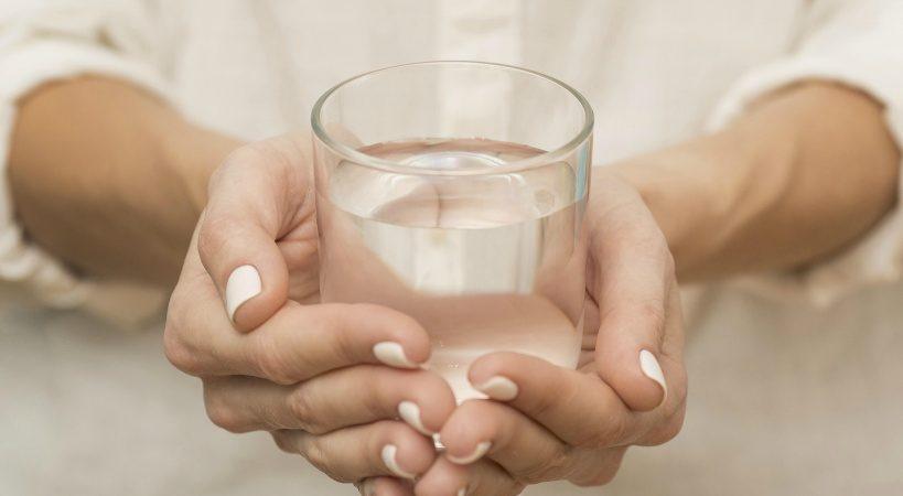 水素水のメリットを解説!医療機器に認定されている整水器も紹介